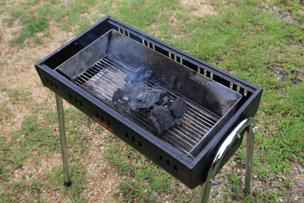 木炭で火起こし1