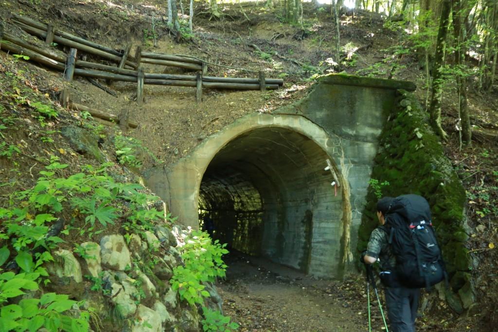 便ケ島〜西沢度のトンネル