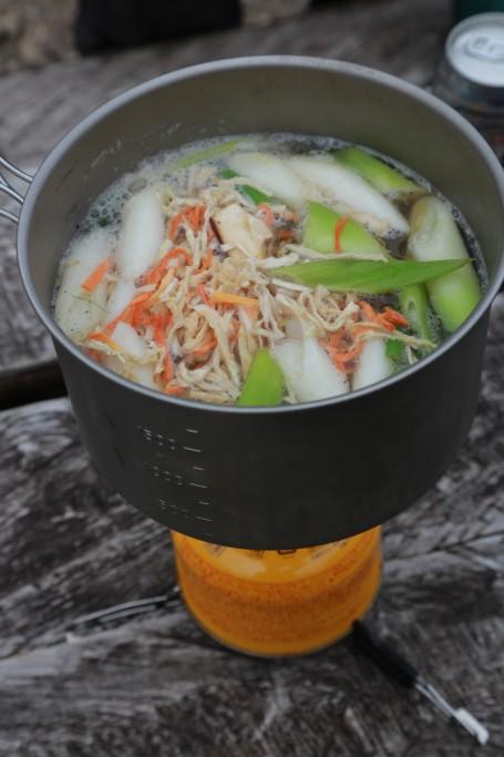 芋煮の調理1