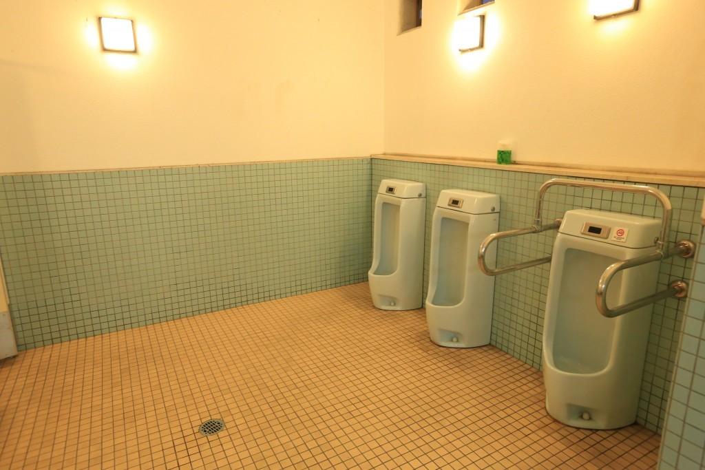 竜洋海洋公園 トイレ1