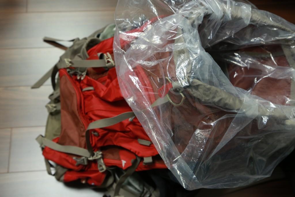 グレゴリー バルトロ75L+ビニール袋