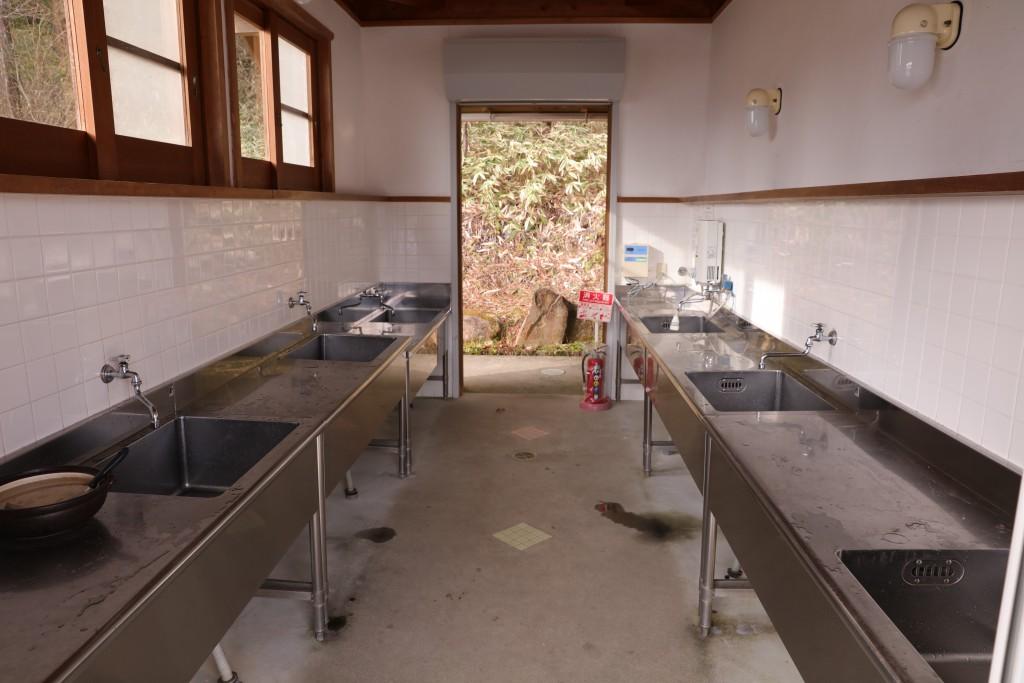 椛の湖オートキャンプ場 炊事場