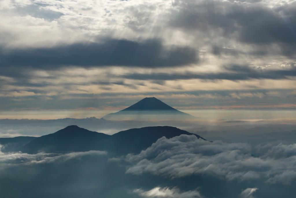 南アルプスからの富士山