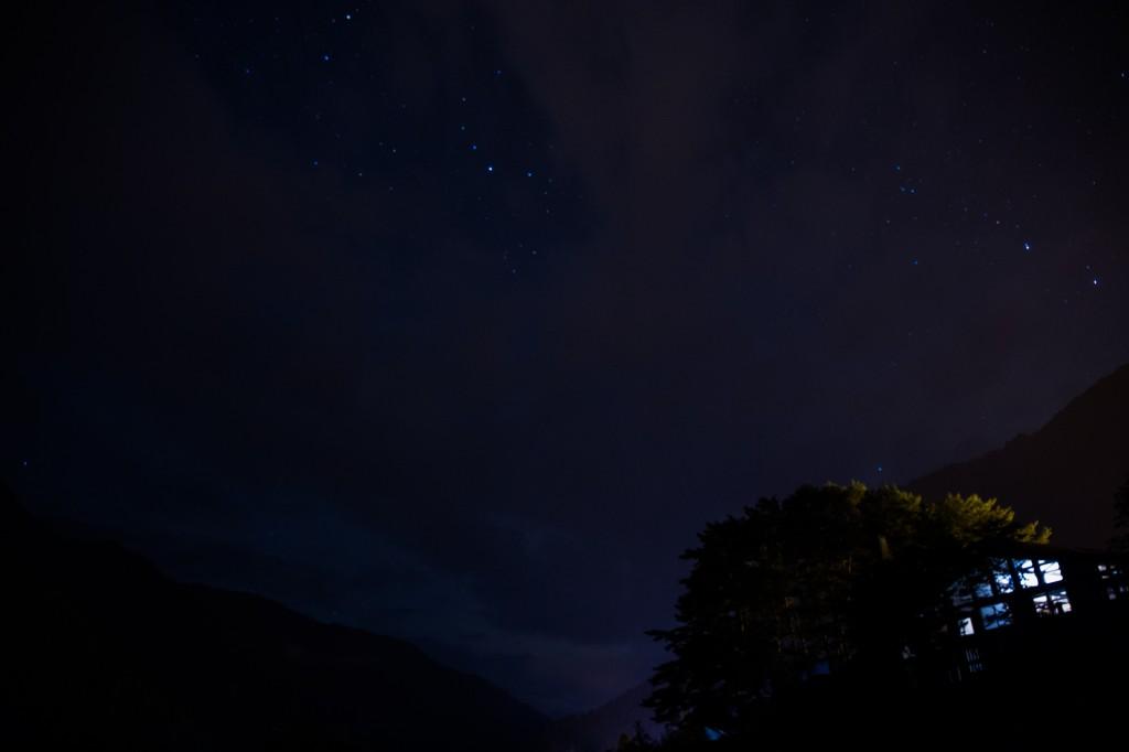 奥飛騨温泉郷オートキャンプ場からの満天星