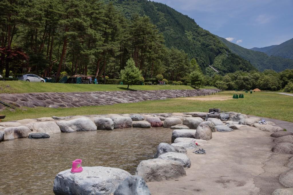奥飛騨温泉郷オートキャンプ場 水遊び場