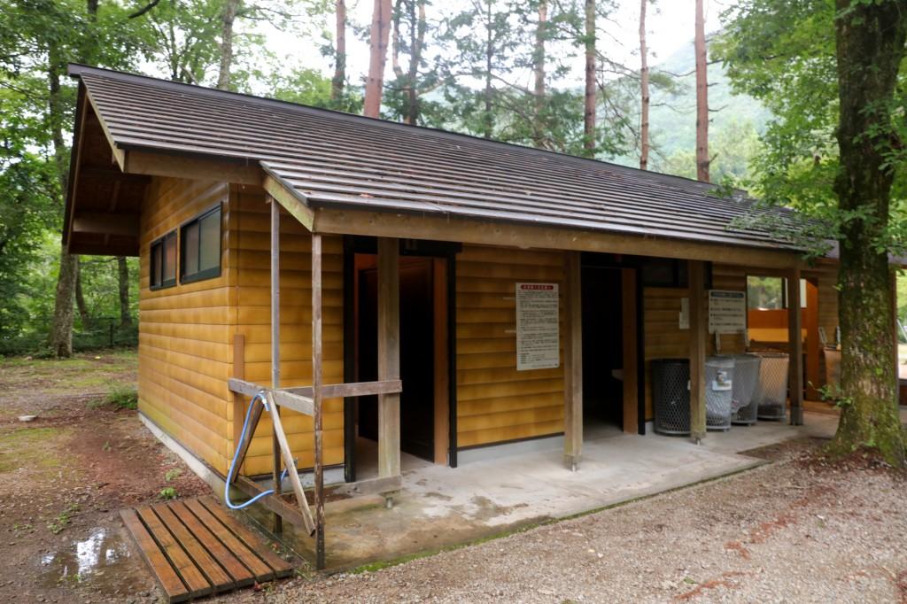 カオレオートキャンプ場 トイレ1
