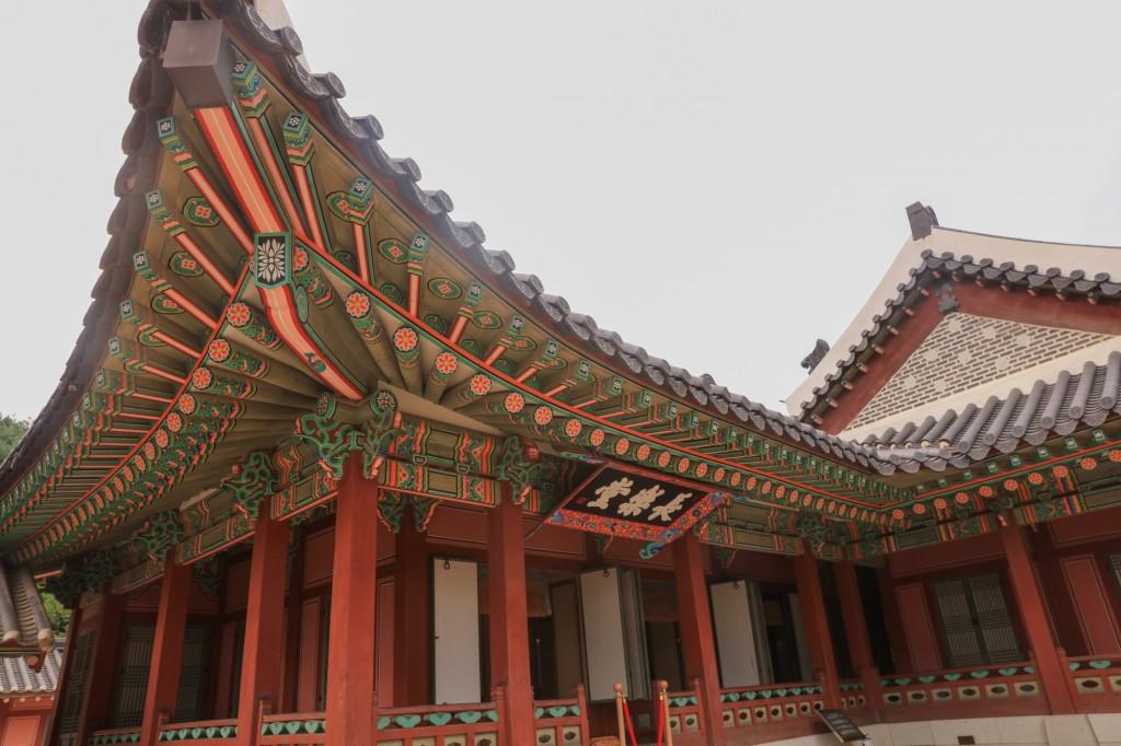 華城行宮 長楽堂