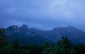 雨の雪岳山3