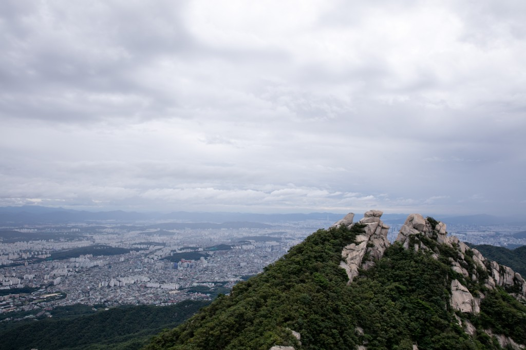 北漢山 頂上からの眺め1