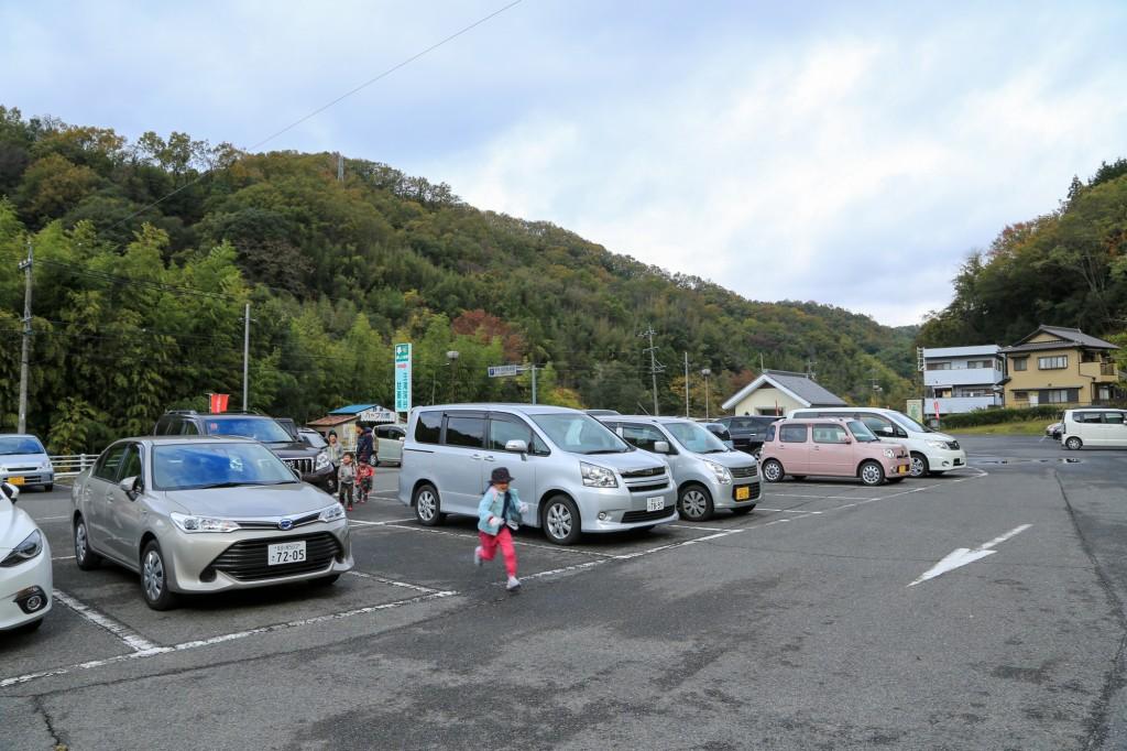 王滝渓谷駐車場