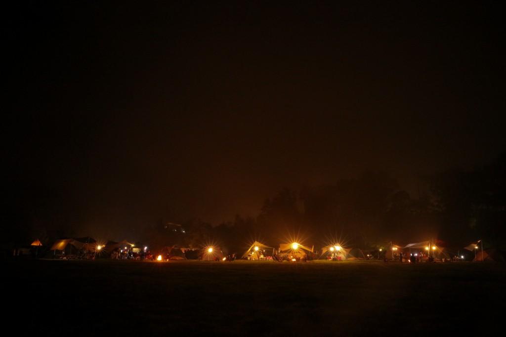 うるぎ星の森オートキャンプ場 夜の広場サイト