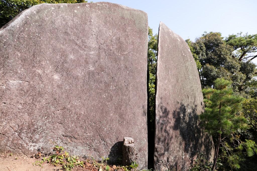 王滝渓谷 梟ヶ城址展望台 大石
