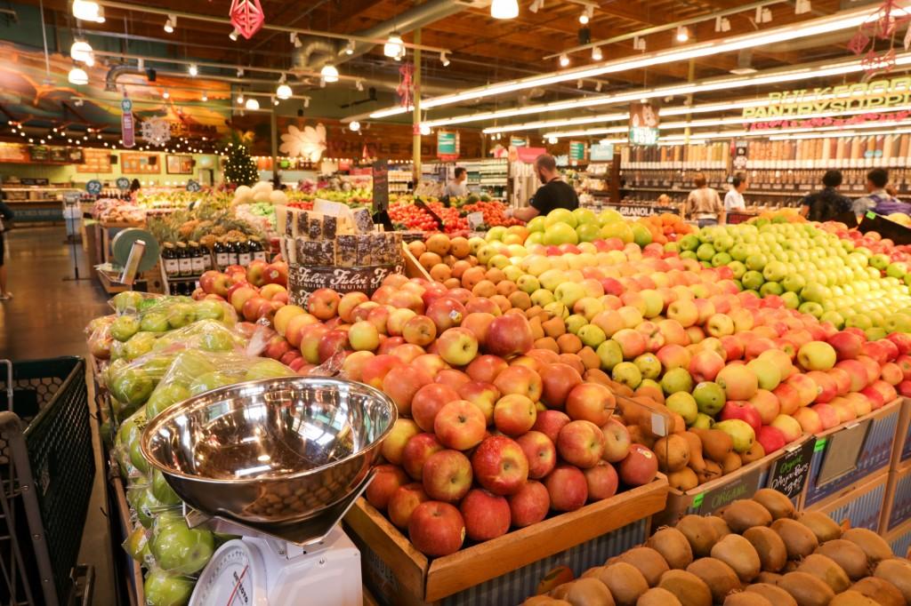 ホールフーズマーケット 野菜コーナー2