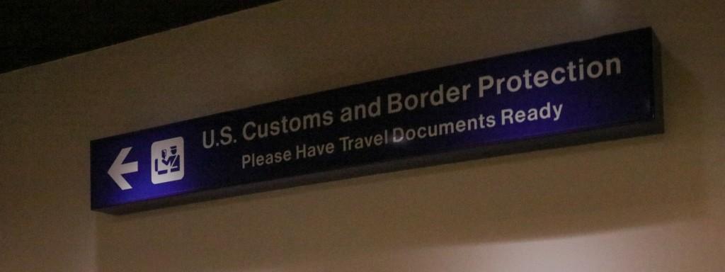 ホノルル国際空港 入国審査