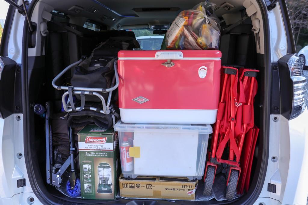 キャンプinn海山 車の荷物