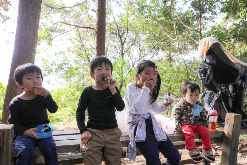 熊野古道 馬越峠でお昼ごはん