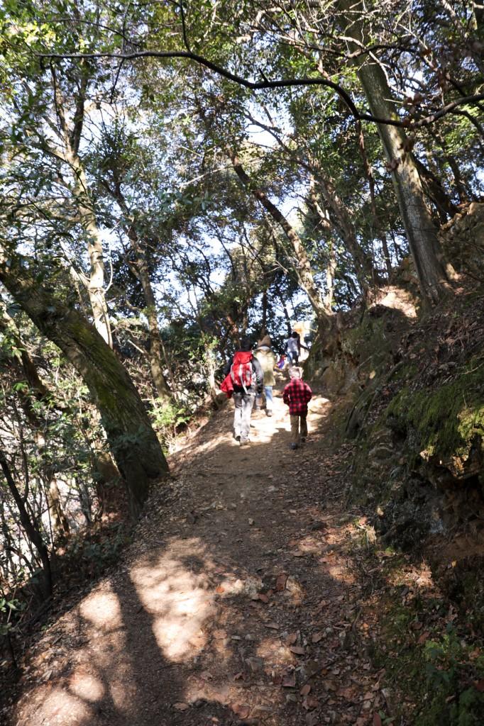 めい想の小径 登山道1