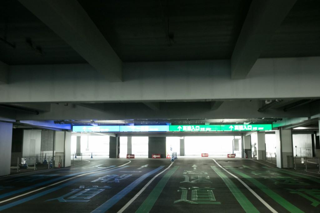 レゴランド・メイカーズピア駐車場から出る1