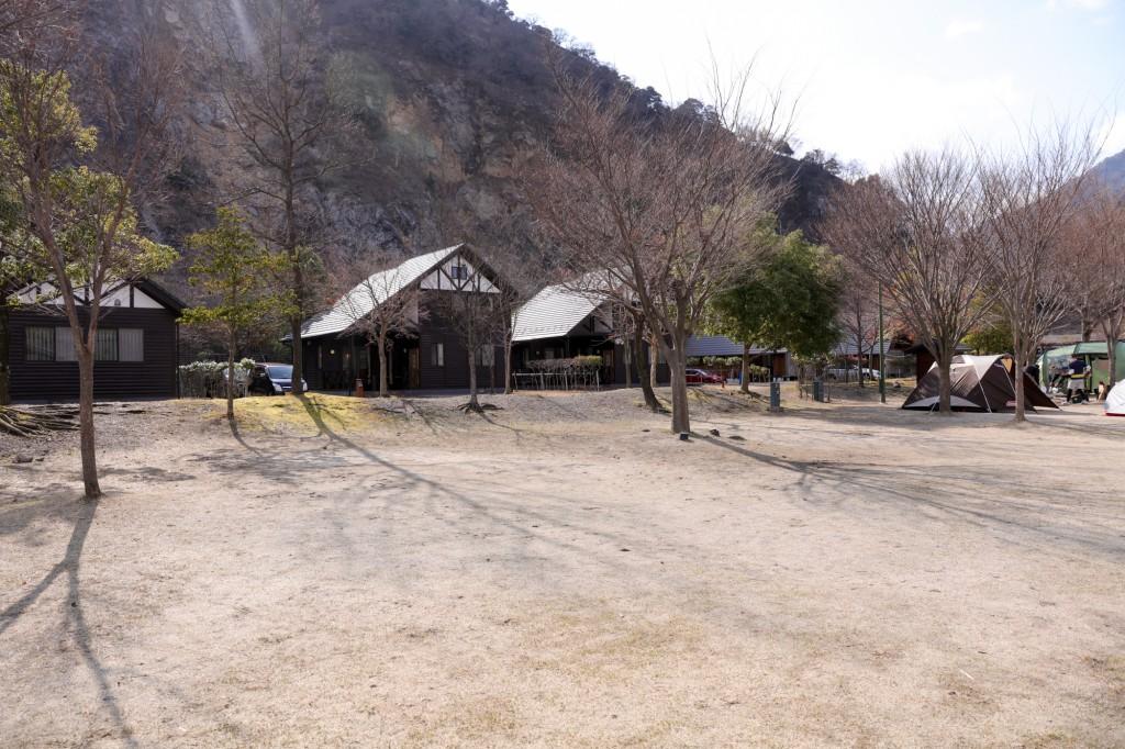 青川峡キャンピングパーク フリーサイト 設営前
