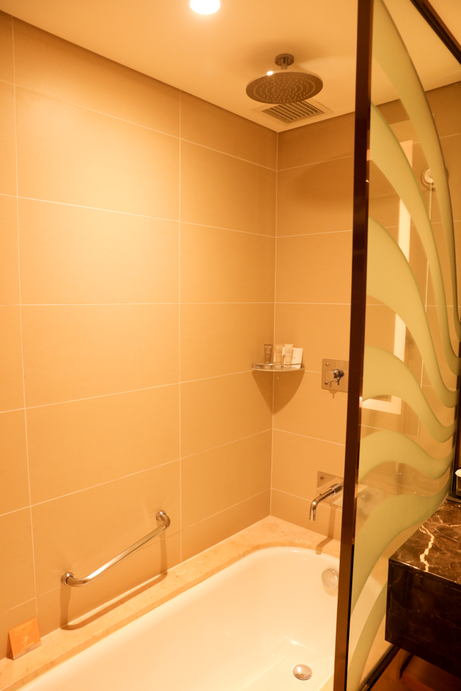 済州島 ロッテシティホテル バスルーム