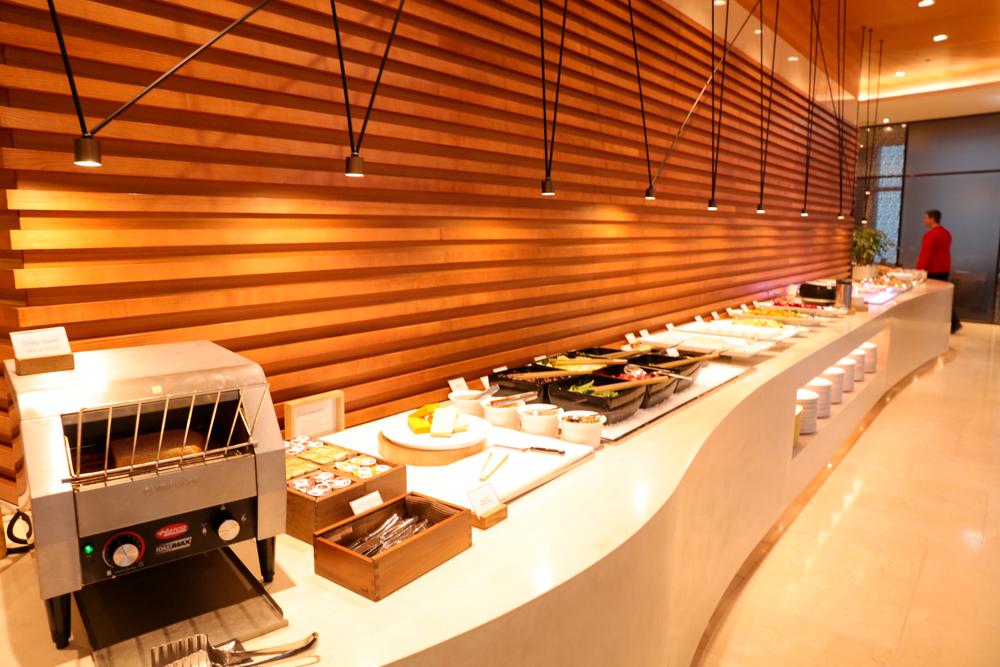 済州島 ロッテシティホテル 朝食ビュッフェ サラダ