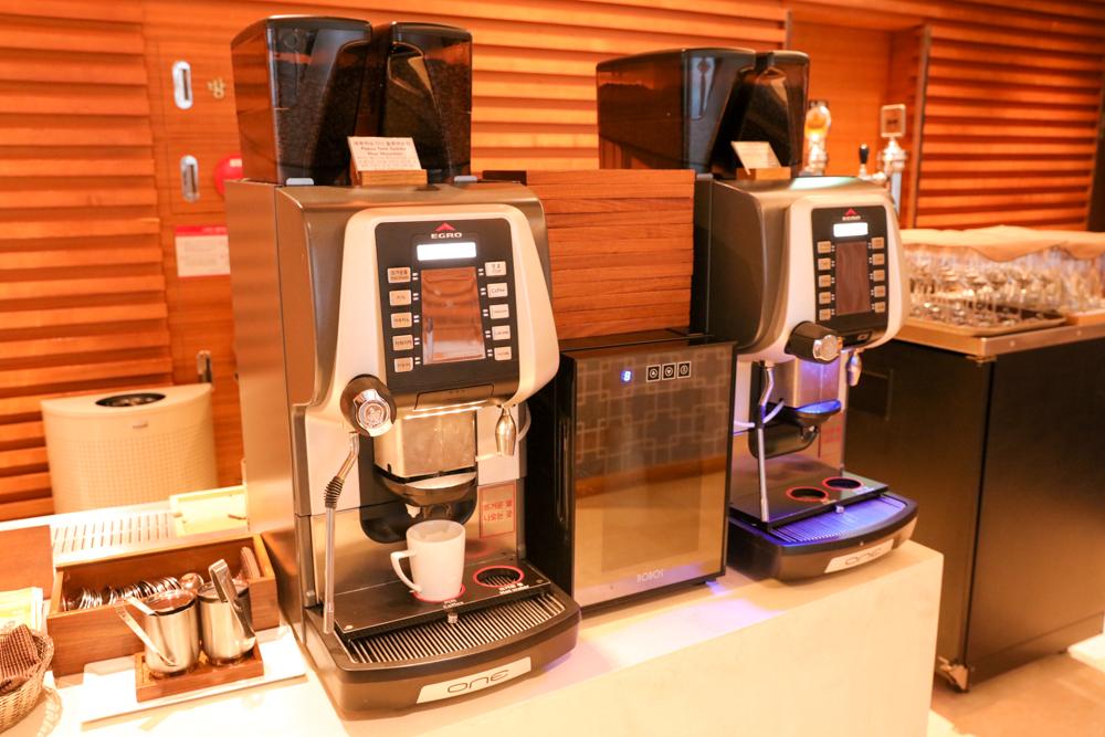 済州島 ロッテシティホテル 朝食ビュッフェ コーヒー