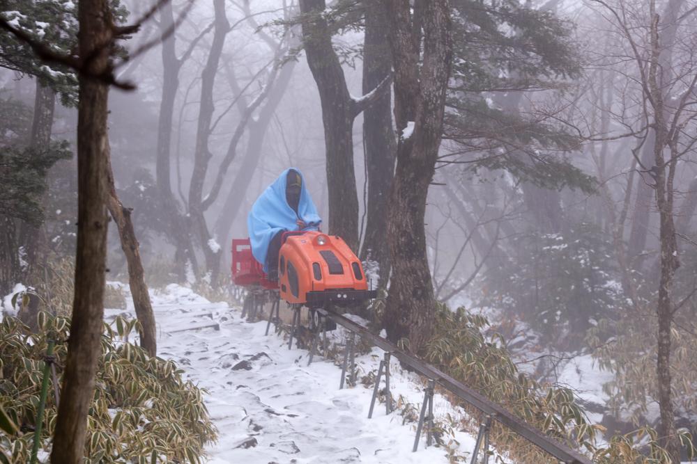 漢拏山 オリモクルート 運搬車2
