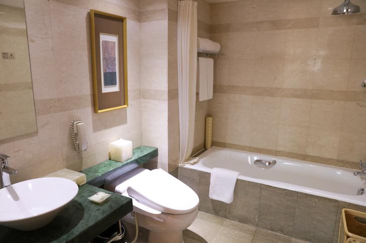 グランドメルキュール上海虹橋 客室2501 バスルーム