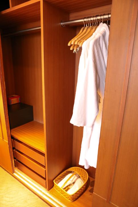 グランドメルキュール上海虹橋 客室2501 クローゼット