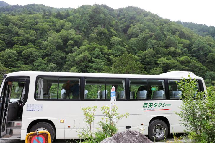 中房温泉行きバス