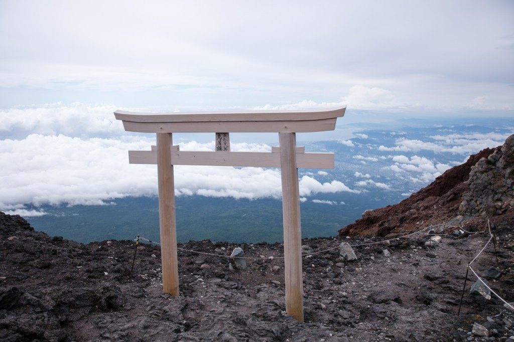 富士宮口 頂上手前 鳥居