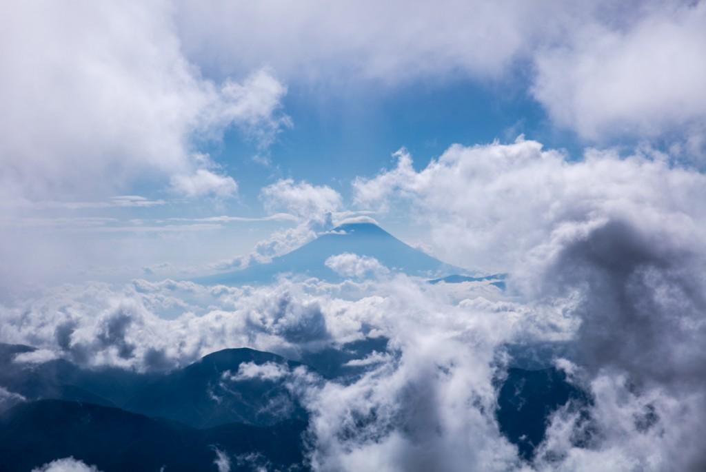大門沢下降点から見る富士