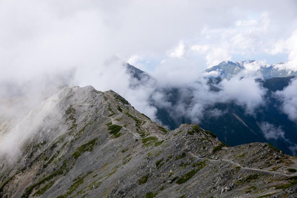間ノ岳〜中白根山 稜線