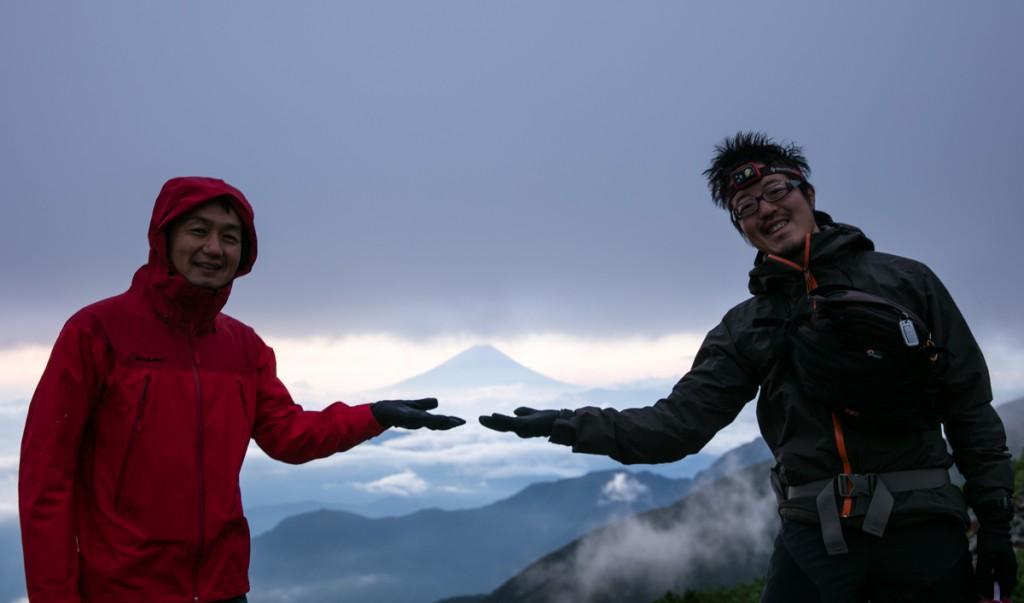 富士山を乗っけてみる