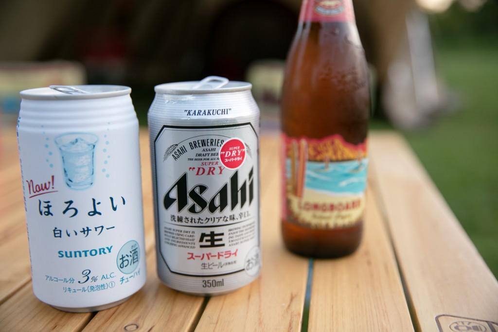 伊良湖キャンプ場でビール