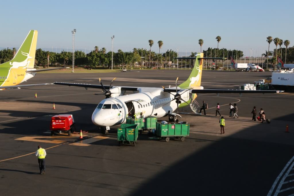 ケニア ナイロビ国際空港