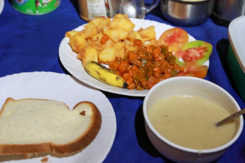 キリマンジャロ登山 1日目夕食