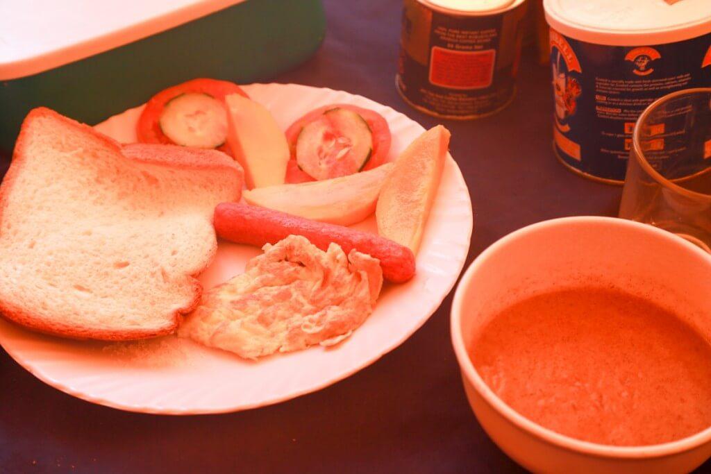 キリマンジャロ登山 2日目朝食