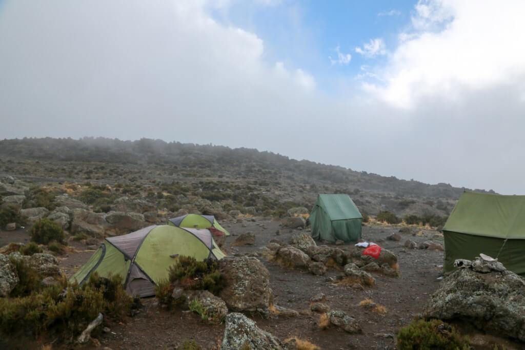 キリマンジャロ登山 ロンガイルート Third cave camp2