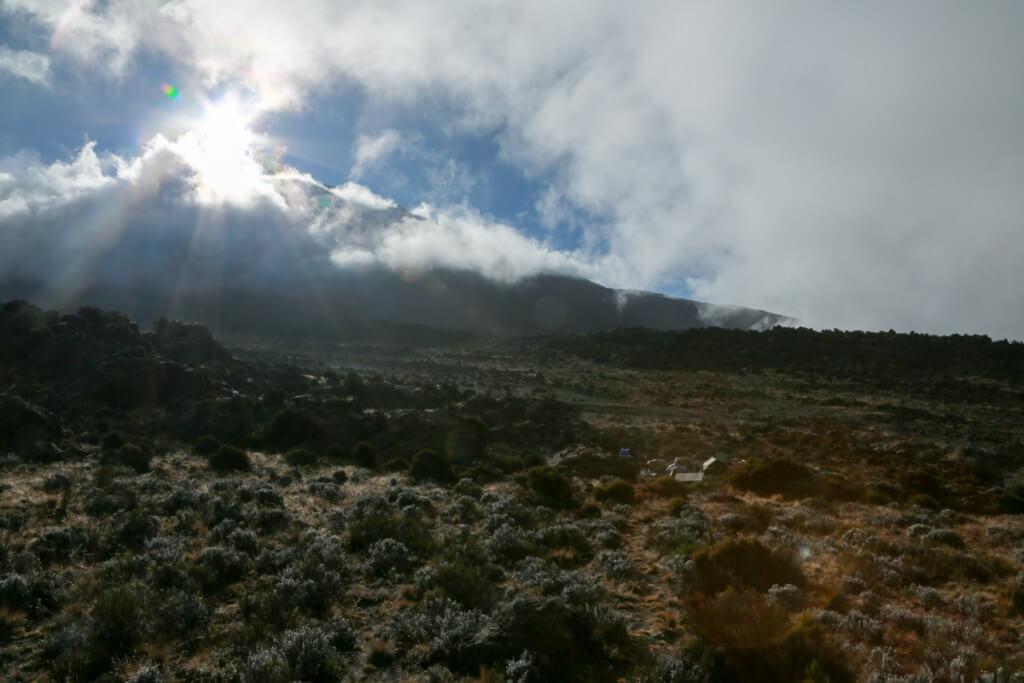 キリマンジャロ登山 ロンガイルート Third cave campからの眺め1