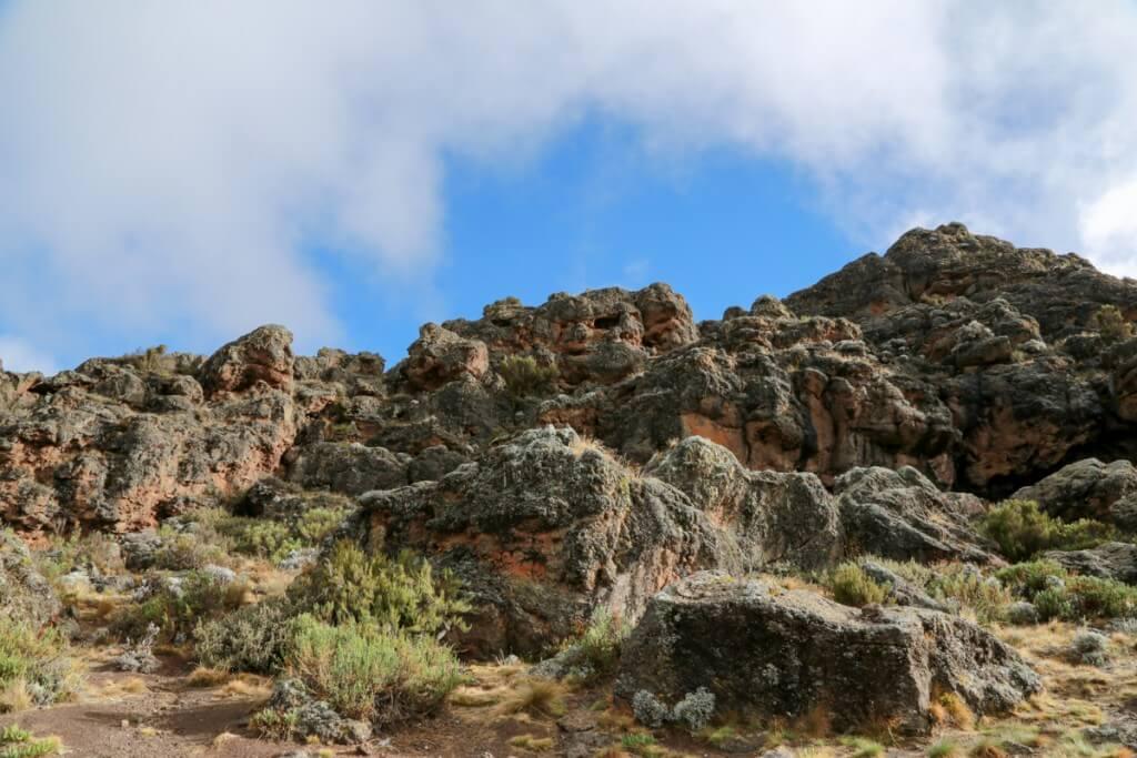 キリマンジャロ登山 ロンガイルート Third cave campからの眺め2