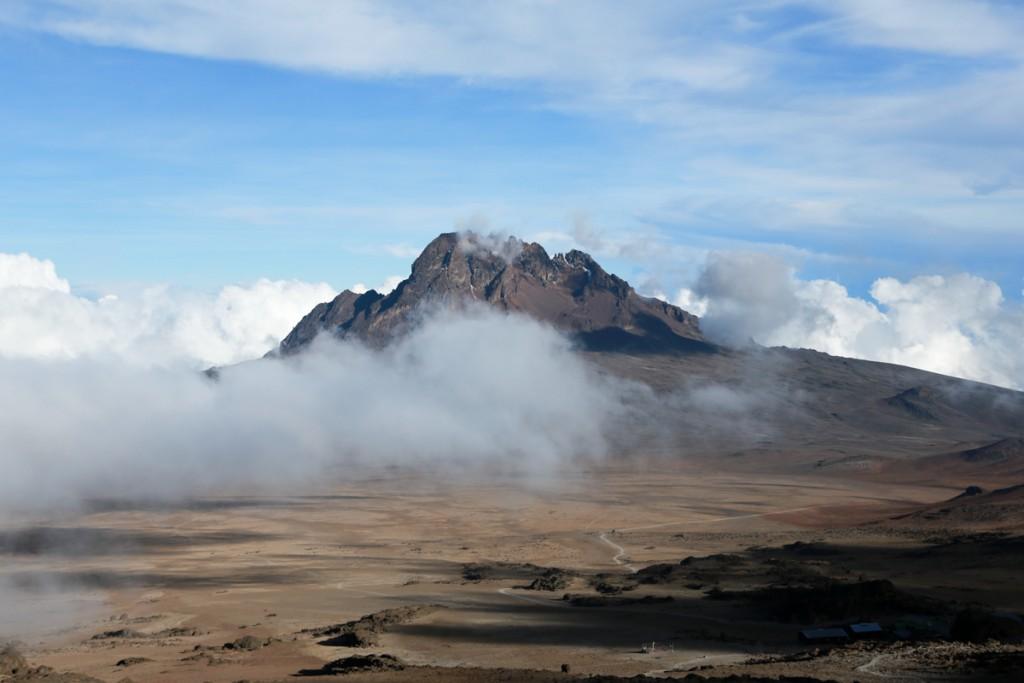 キリマンジャロ登山 マウェンジ峰