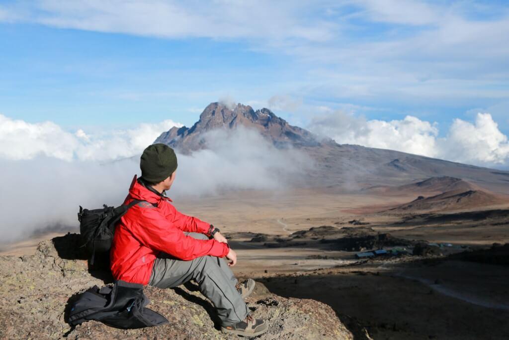 キリマンジャロ登山 マウェンジ峰2