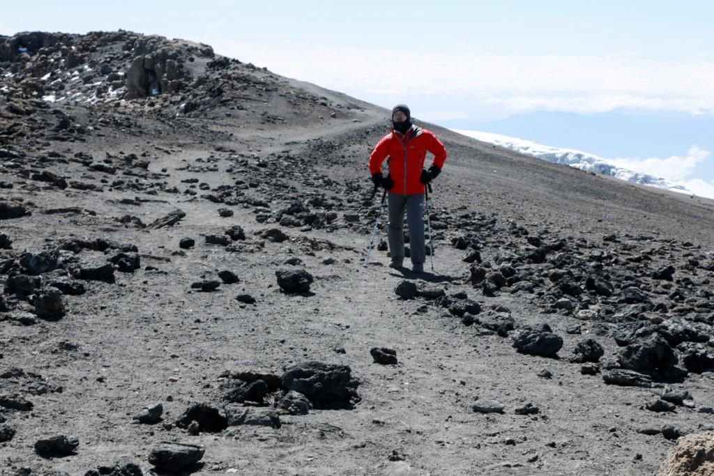 キリマンジャロ頂上まであと少し2