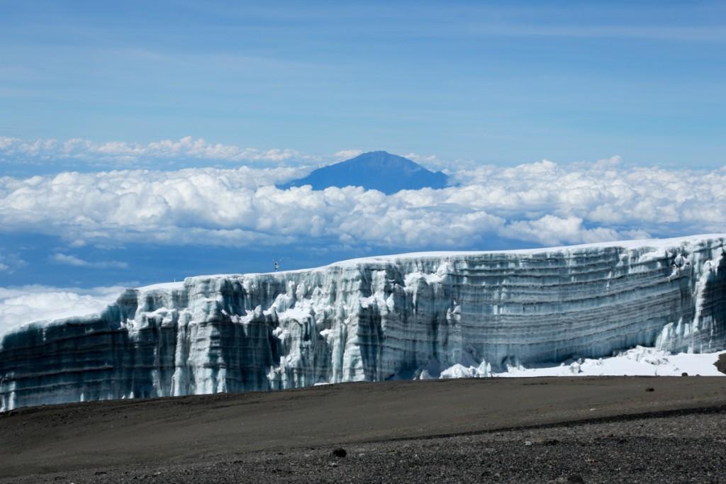 キリマンジャロ シーラ峰と雪