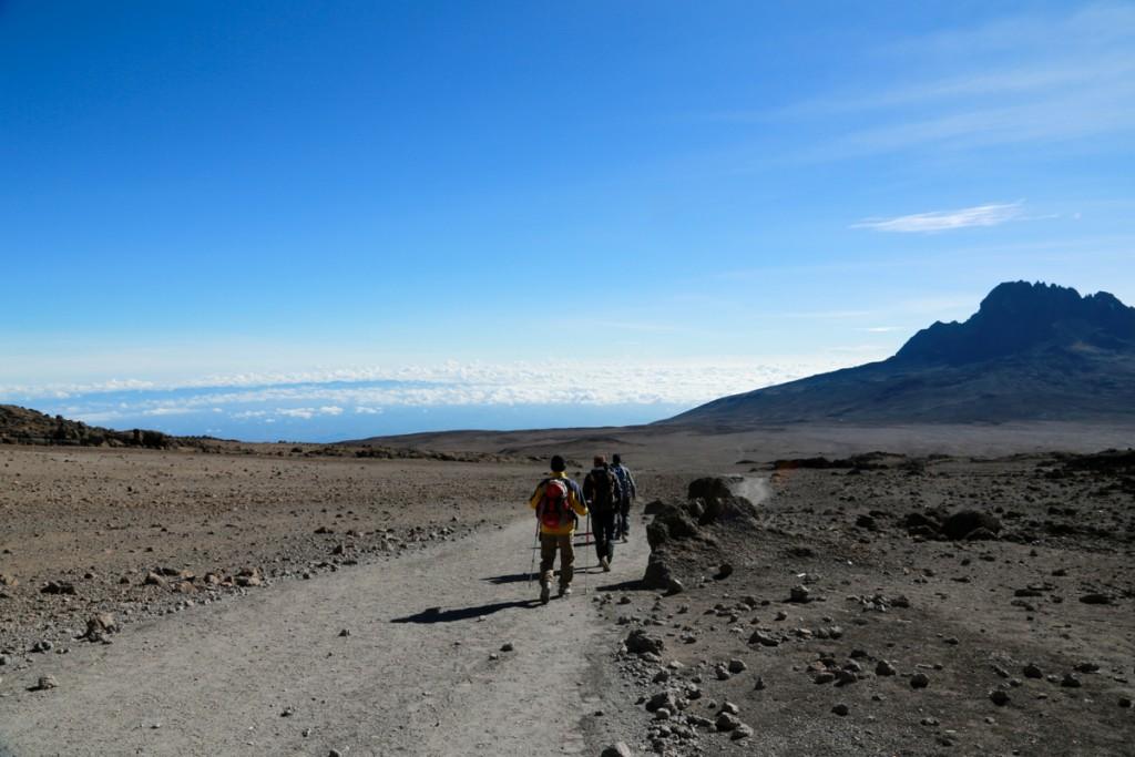 キリマンジャロ キボハットから下山開始