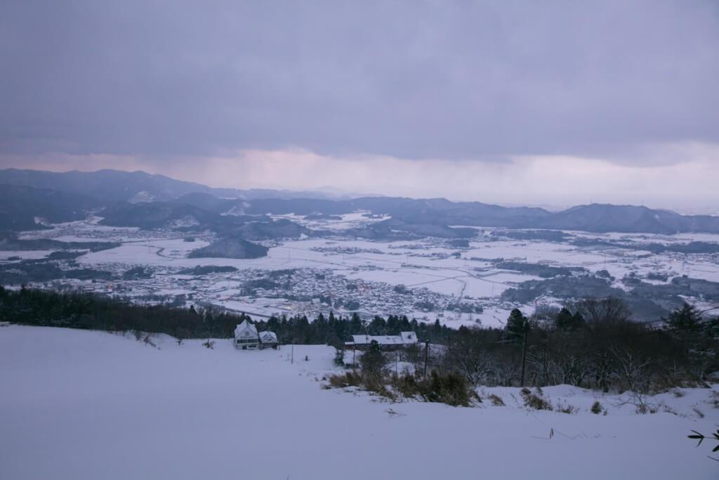 冬の伊吹山 二合目からの景色