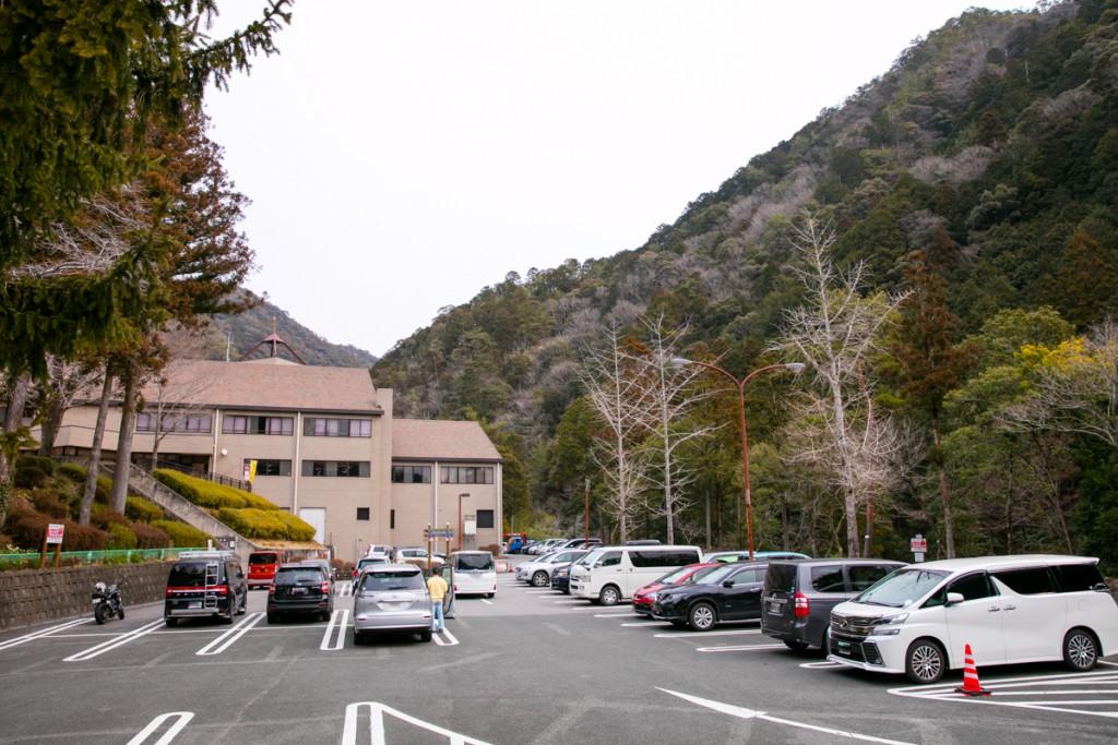 愛知県民の森 駐車場