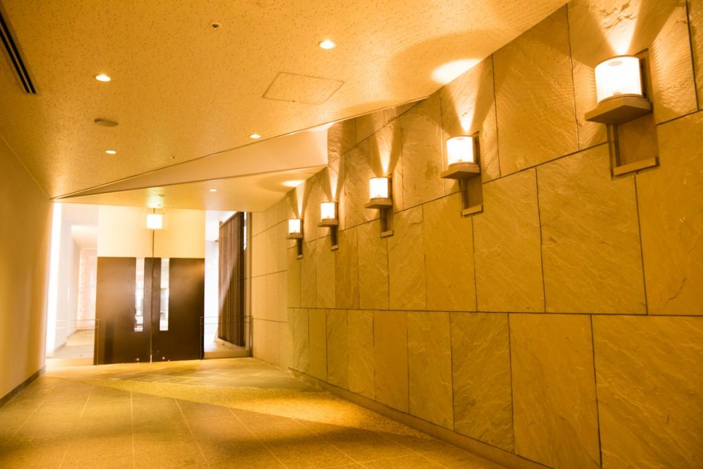 ホテル近鉄アクアヴィラ伊勢志摩 ともやまの湯 館内廊下1