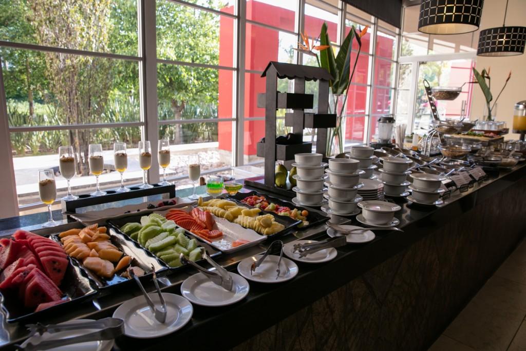 メキシコ アグアスカリエンテス マリオットホテル 朝食レストラン フルーツ